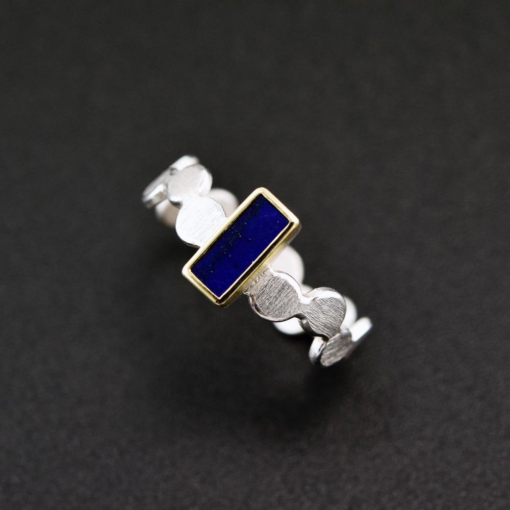 Simple pattern ring with lapis lazuli