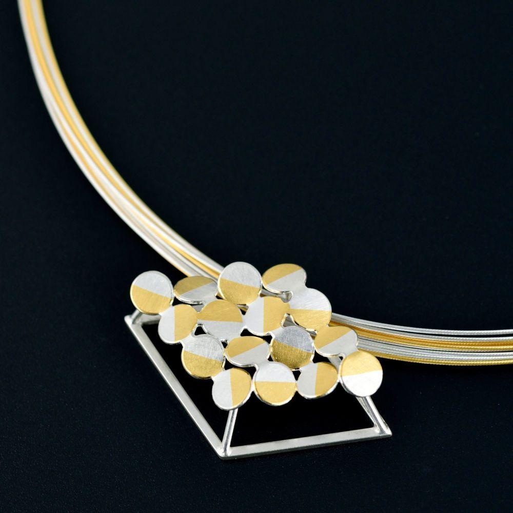 Rhombus 3D 4X4 brooch pendant