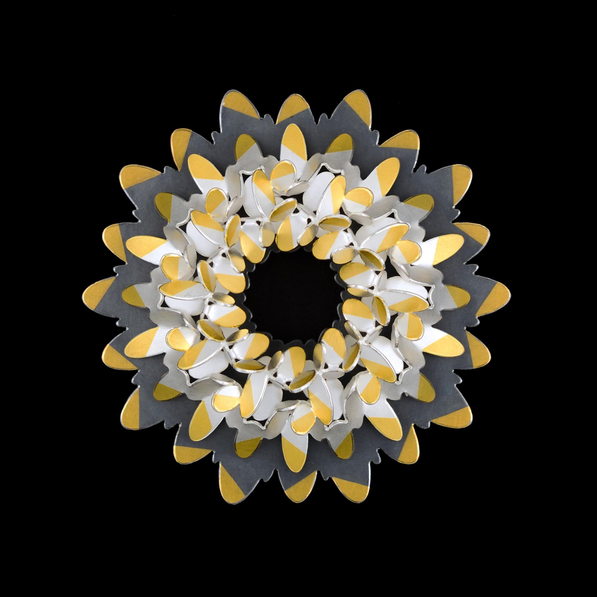 Circular ovals pattern brooch IV