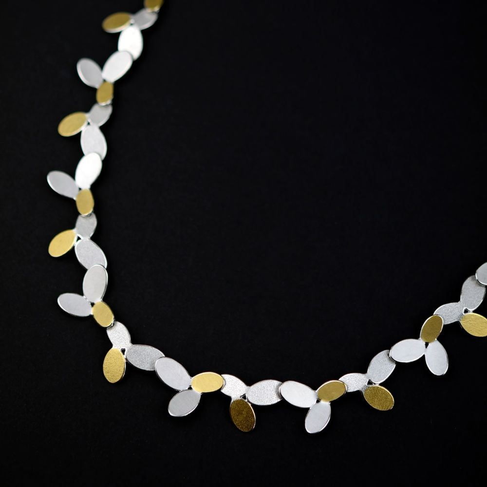 Mixed ovals long chain necklace III