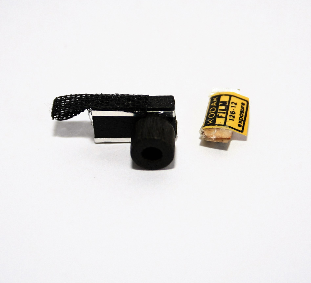 MINIATURE CAMERA AND FILM