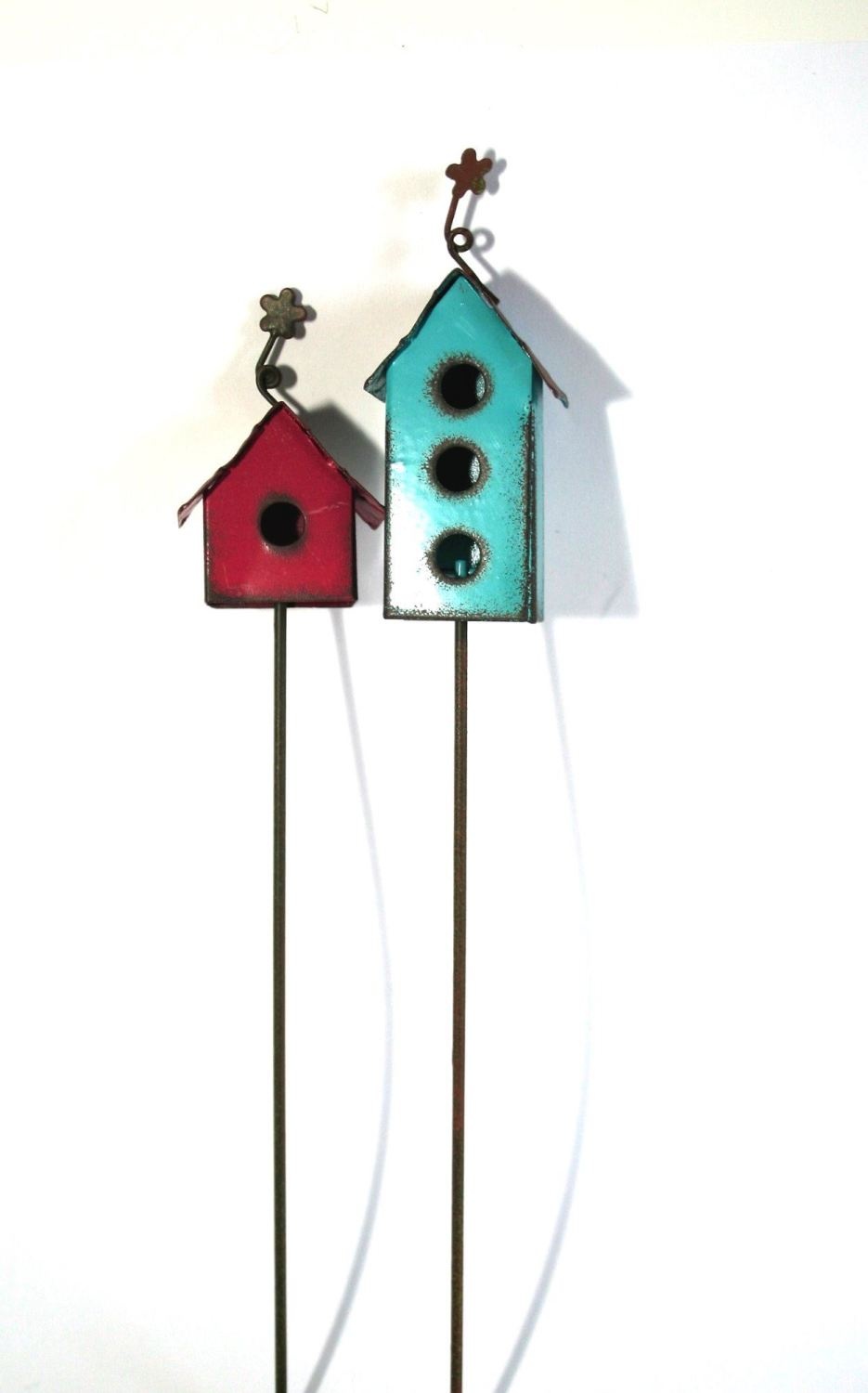RUSTIC BIRD HOUSE PICK
