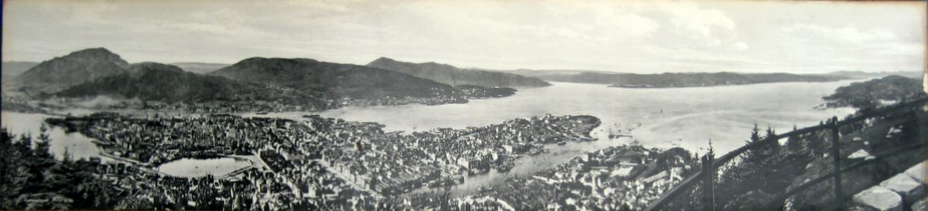 Norway Panoramic vintage photo print of Bergen, Eneberettiget Mittet, c1930. Detail.