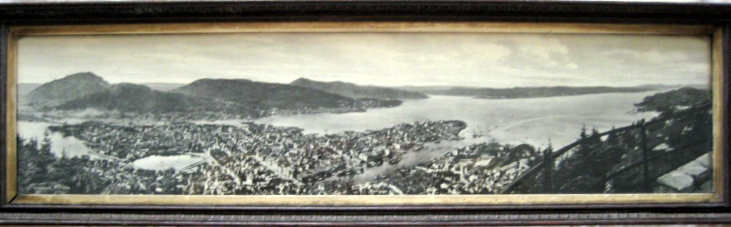 Eneberettiget Mittet & Co., vintage photo print Bergen Norway c1910. Original frame.