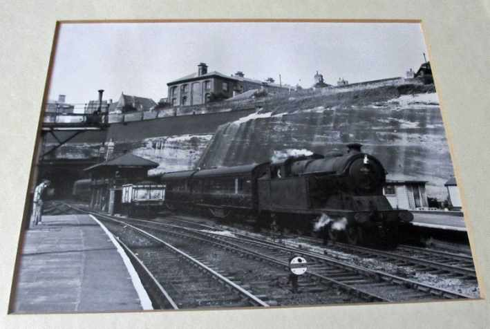 Detailed view of steam locomotive 69808 arriving Nottingham Victoria Station c1959.