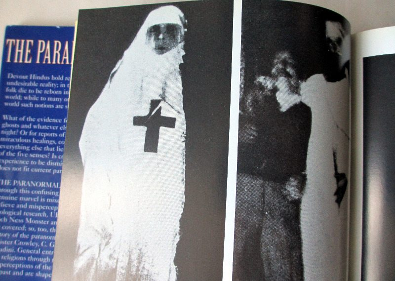 The Paranormal by Stuart Gordon, 2000. Detail plates.