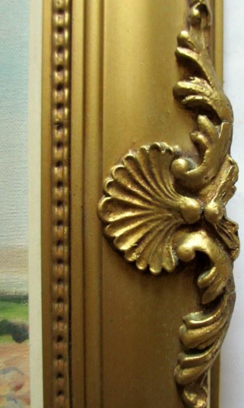 Frame detail.