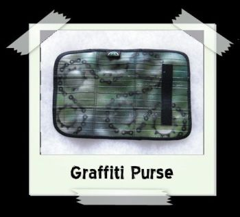 graffiti_purse4b