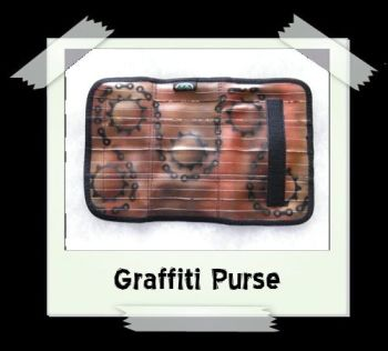 graffiti_purse7b