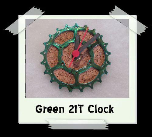 Green 21T Clock