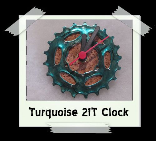 Turquoise 21T Clock