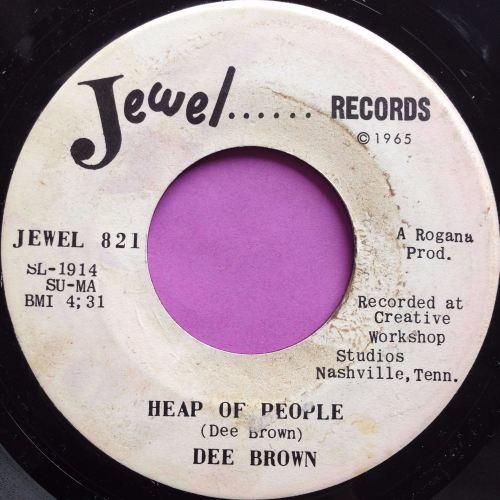 Dee Brown-Heap of people-Jewel E
