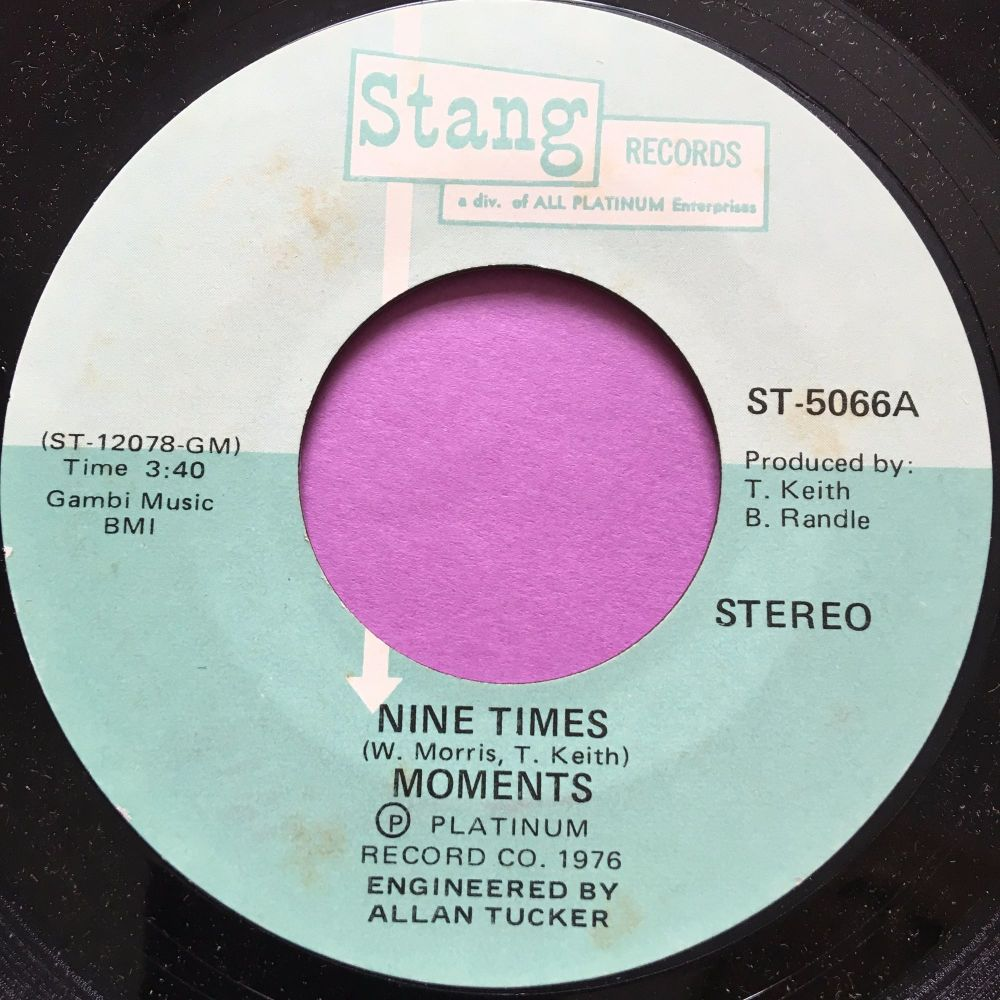 Moments-Nine times-Stang M-