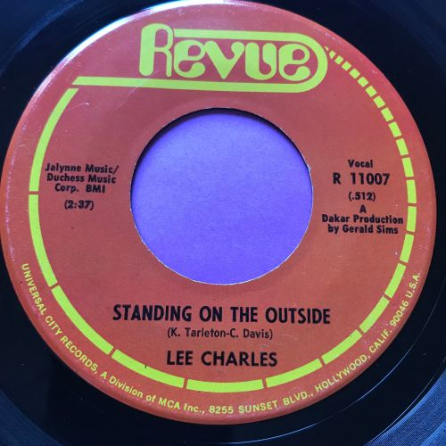 Lee Charles-Standing on the outside-Revue E+