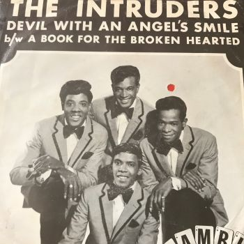 Intruders-Devil with an angel's smile-Gamble PS E+