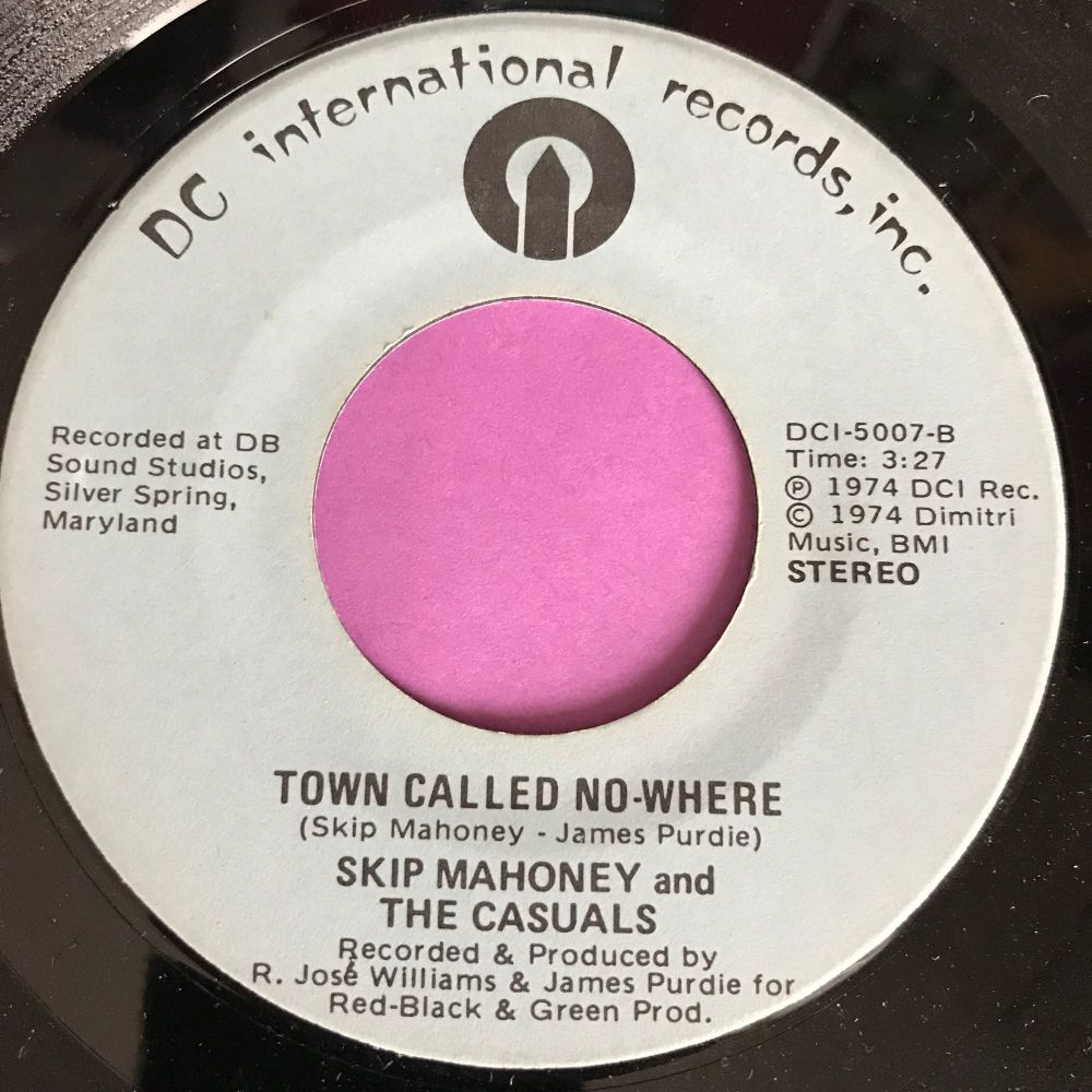 Skip Mahoney-Town called nowhere-DC International E+