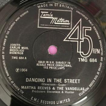 Martha Reeves-Dancing in the street-TMG 684 E