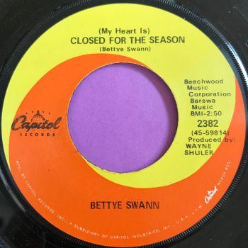 Bettye Swan-Closed for the season-Capitol E+