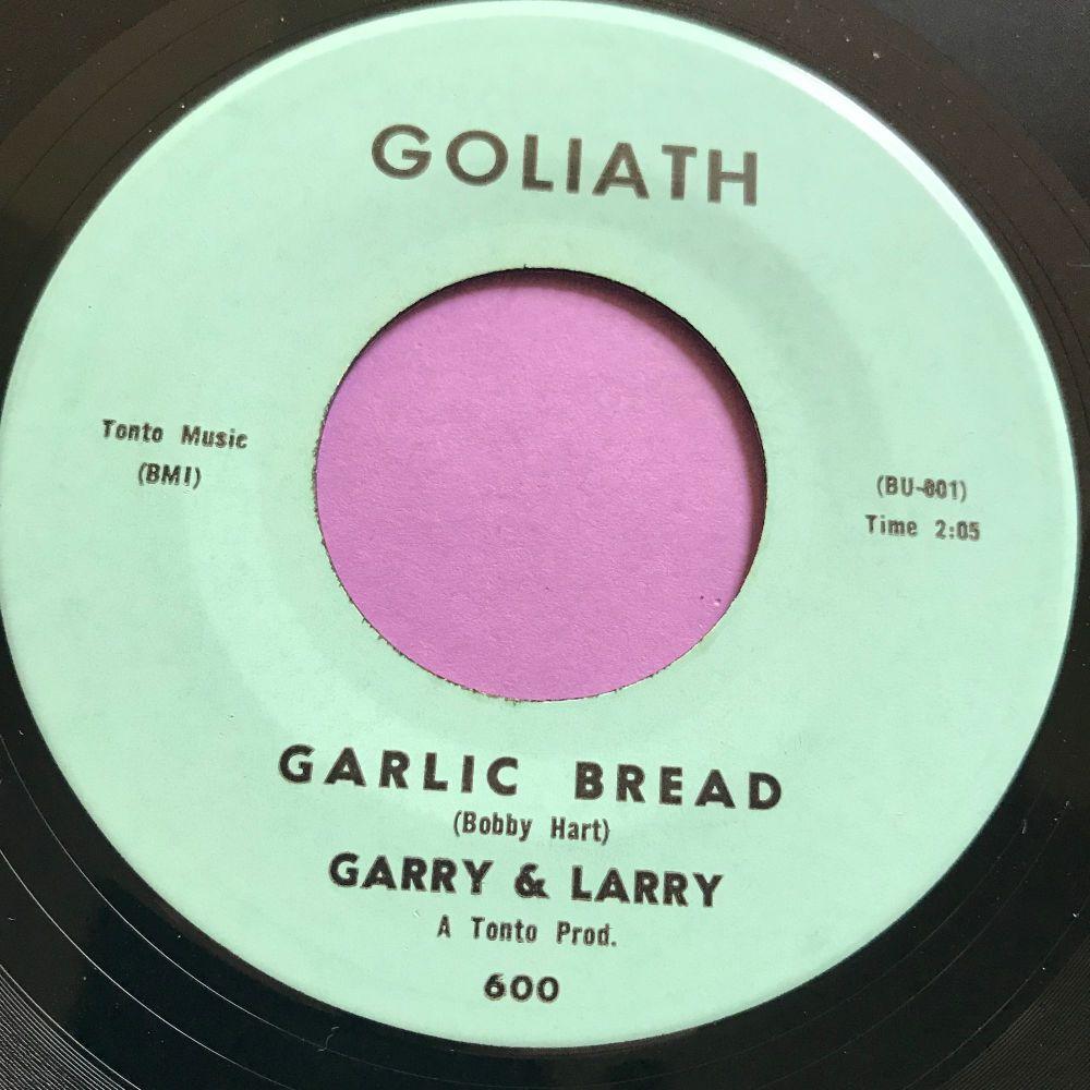 Garry &B Larry-Garlic Bread E+