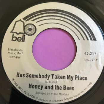 Honey and the Bees-Has somebody taken my place-Bell E