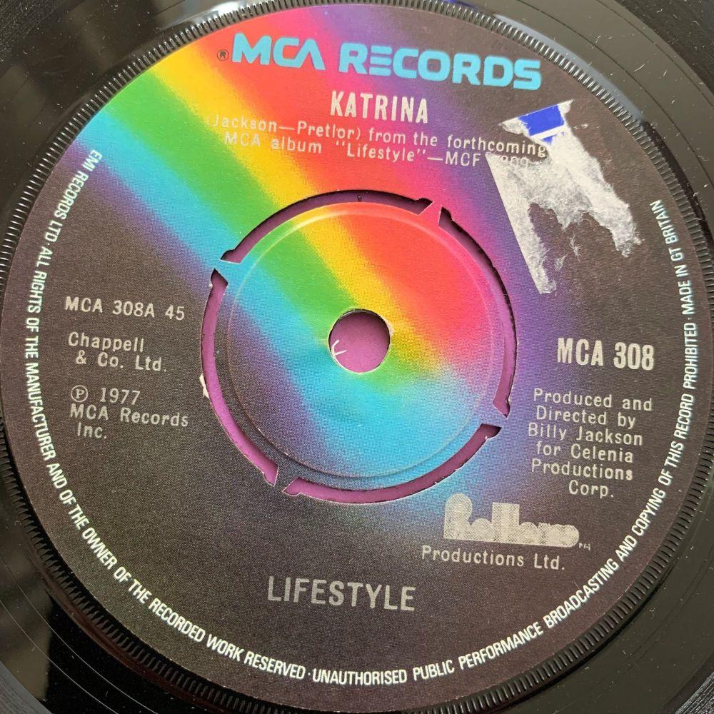 Lifestyle-Katrina-UK MCA E+