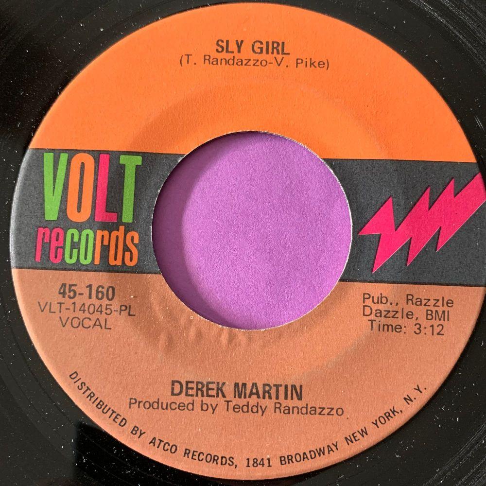 Derek Marton-Sly girl-Volt E+
