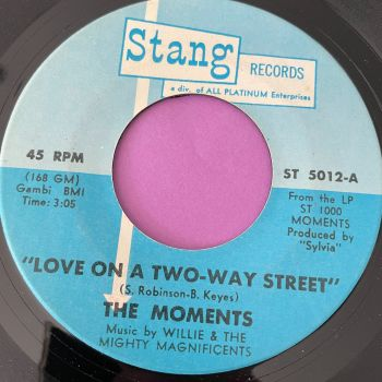Moments-Love on a two-way street-Stang E+