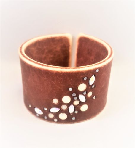 ZOYA TRIBAL CUFF