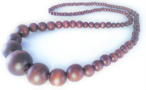 OLUWA WOODEN NECKLACE