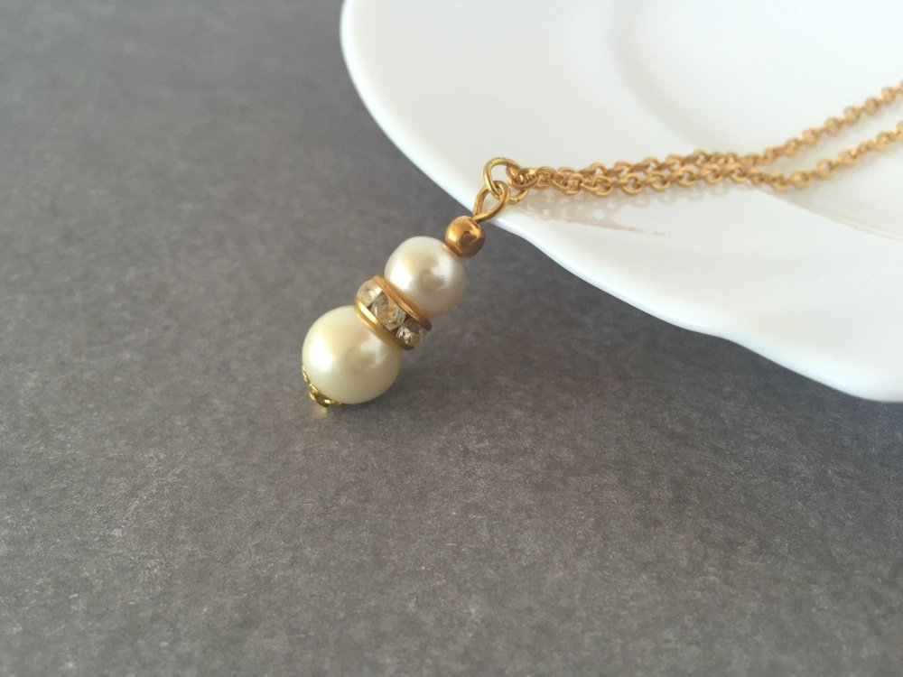 Heather Ivory Bridal Necklace