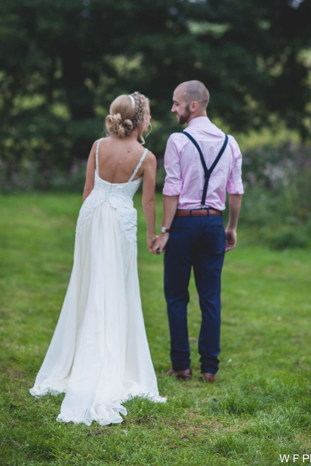 low-back-crystal-strap-weddingdress