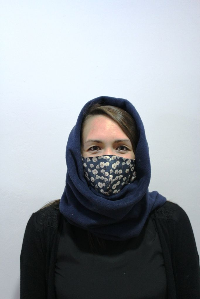 Unisex Navy Snood with 2 x masks
