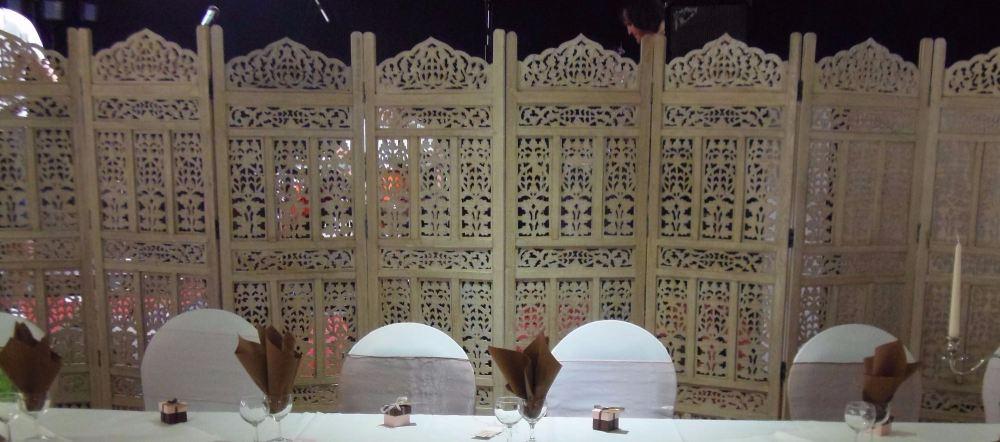 hwh1 top table screen in situ
