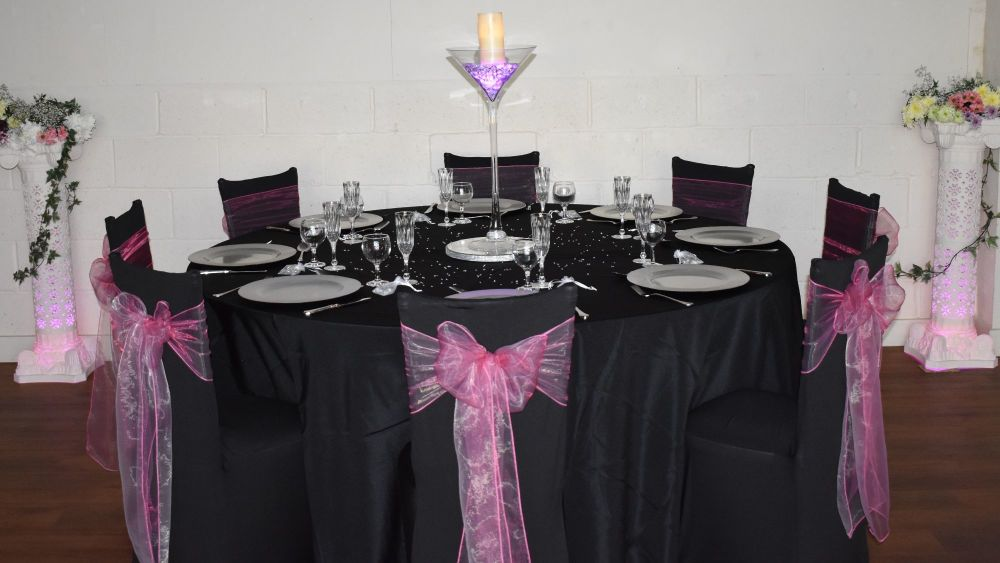 Black covers and cloth with pink