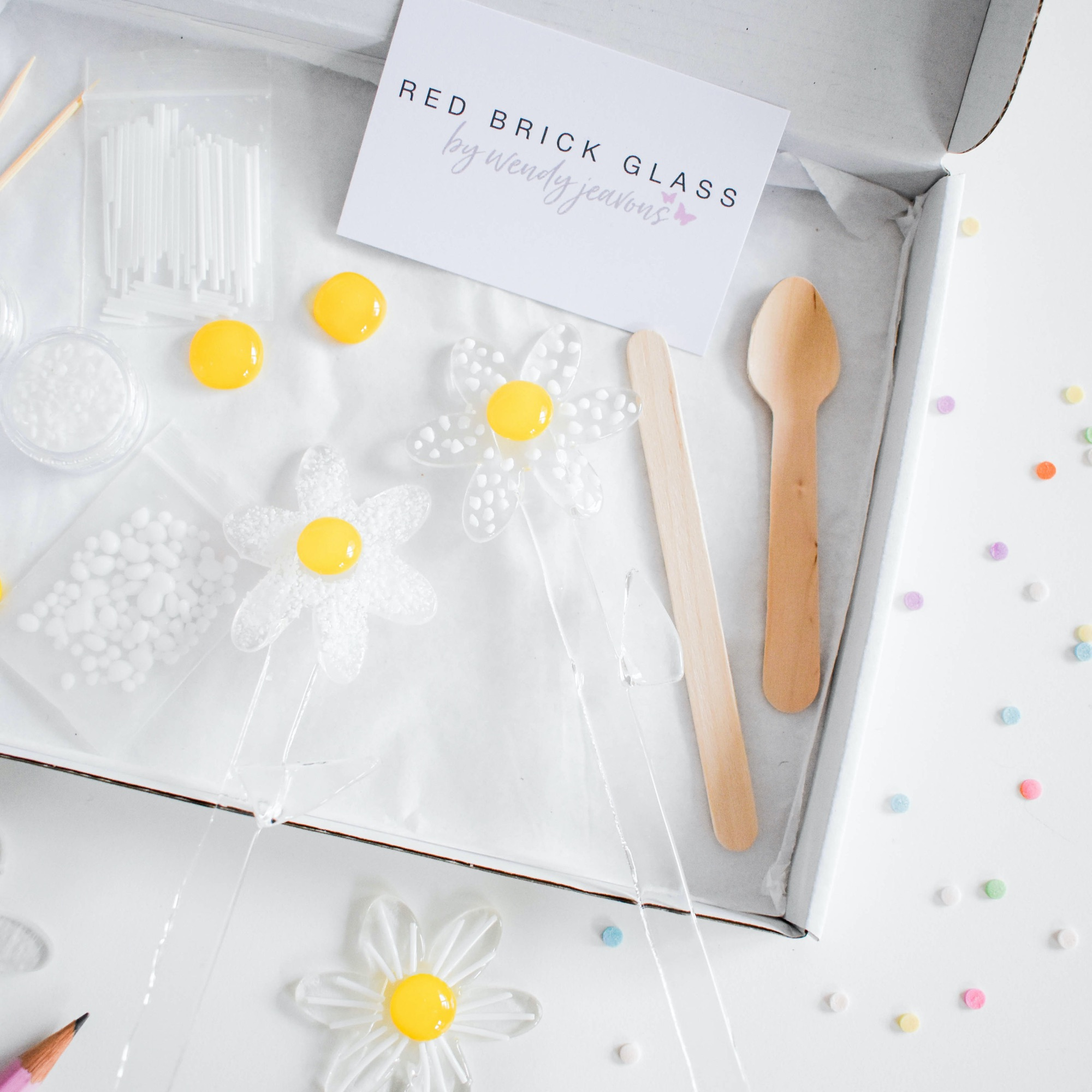 Make at home fused glass daisy kit