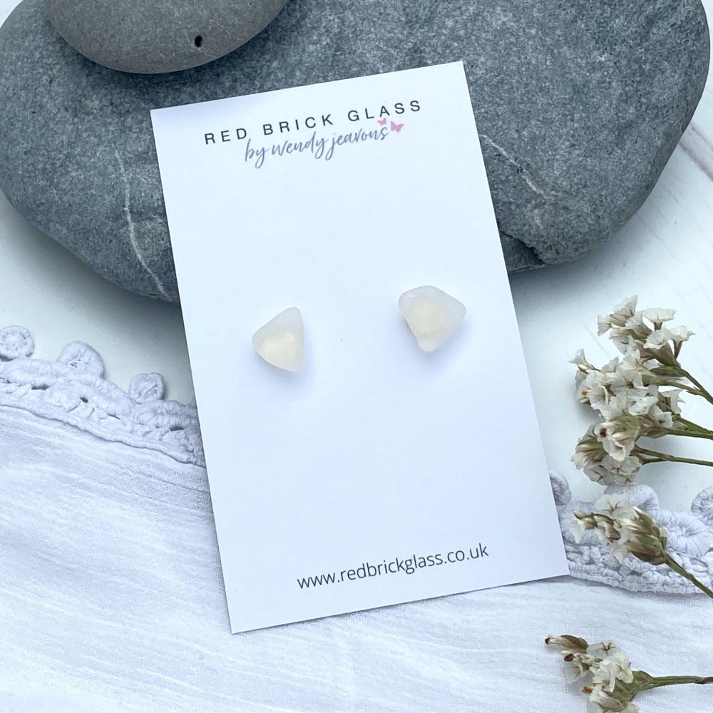 Sea glass stud earrings - off white