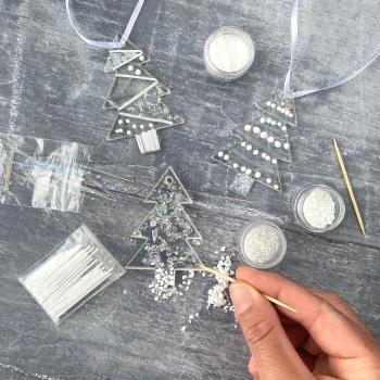 Fused Glass Kit - Christmas tree decorations (iridescent)