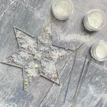 Fused Glass Kit - Large glass star (iridescent)