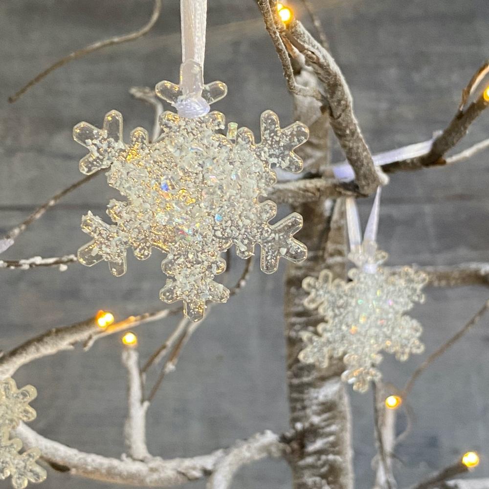 Glass snowflake Christmas tree decorations