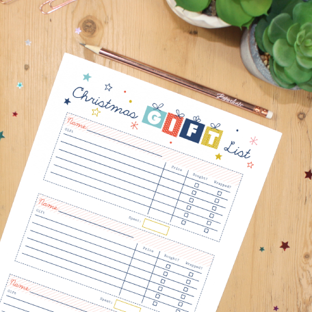 Christmas-Gift-List-Free-Printable-by-Paper-Joy-UK