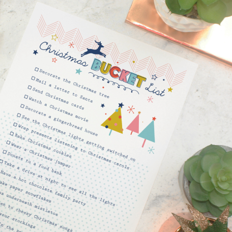 Christmas-Bucket-List-Free-Printable-by-Paper-Joy-UK