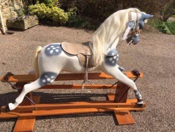 Haddon Large Rocking Horse White Mane & Tail 50in (MARKS)