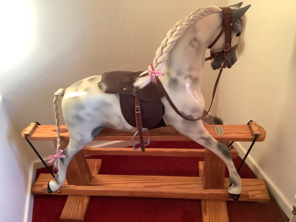 Haddon Pony Original Paint 43in turned head Wallingford