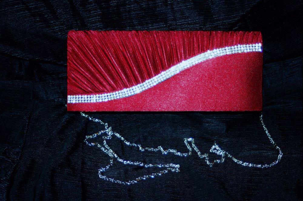 Deep Red clutch/shoulder Evening Bag