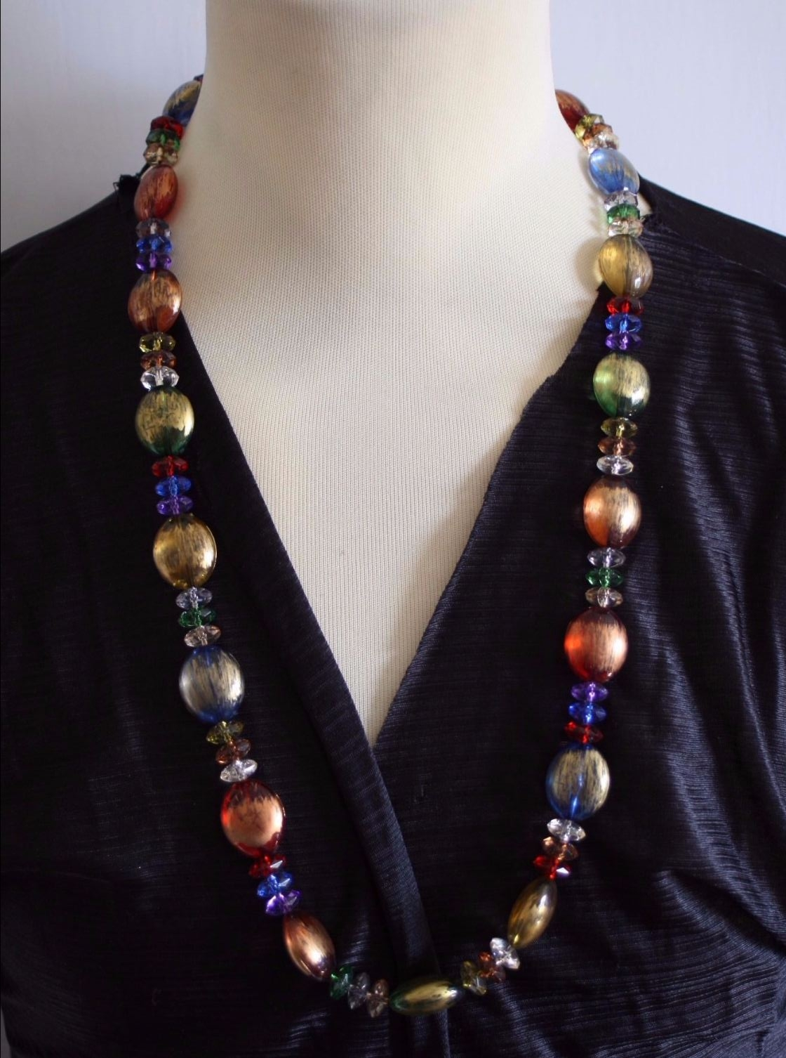 Sparkling crystal and bead necklace