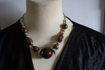 Statement Ball Necklace Brown