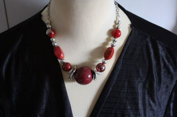 Statement Ball Necklace red