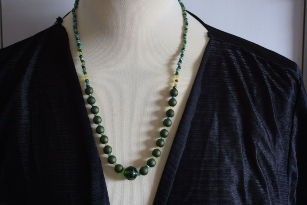 Green matte beaded necklace - handmade