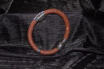 Leather torque bracelet - unisex