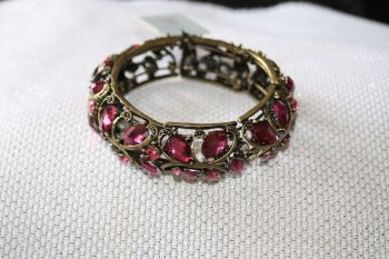 Light purple crystal set aged metal hinged bangle
